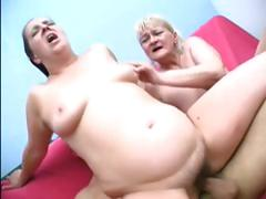 Fat grannies in a threesome..