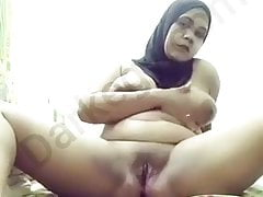 Egyptian piping hot hijab..
